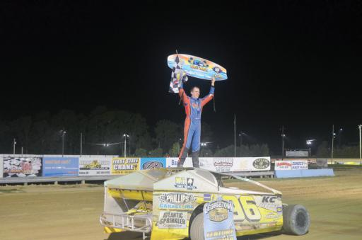 Billy Pauch Jr. won the sixth edition of the VAHLCO Wheels-USA/Melon 1 'Blast at the Beach.'
