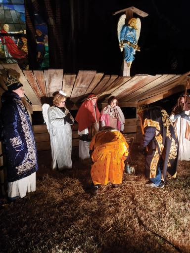 The Live Nativity at Mariner's Bethel on Friday, Dec. 20, brought the community together.